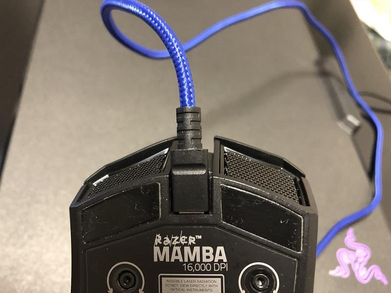 RAZER MAMBA 有線給電